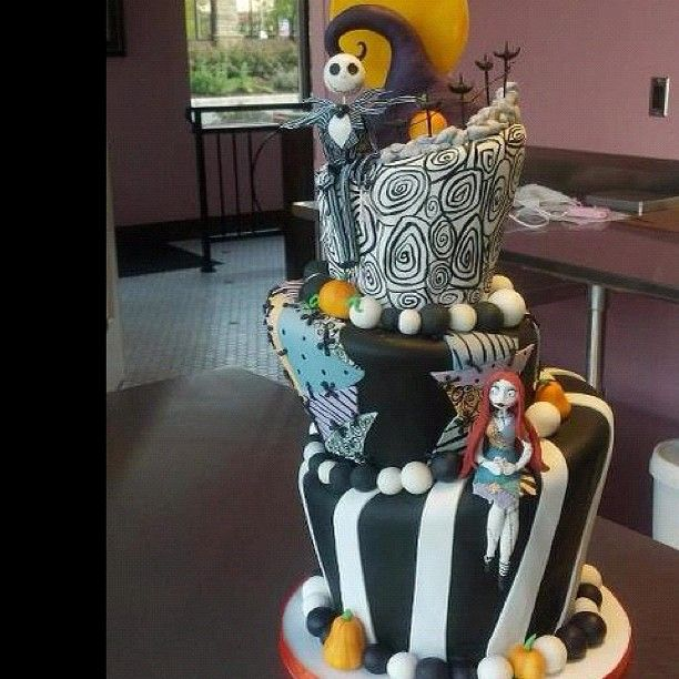Nightmare Before Christmas cake! * YUM Pinterest Nightmare