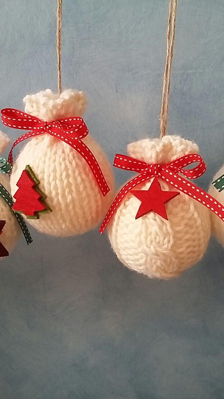 Segnaposto Natalizi Lana.Palle Di Natale Di Polistirolo Rivestite Con Maglia Di Lana Diy