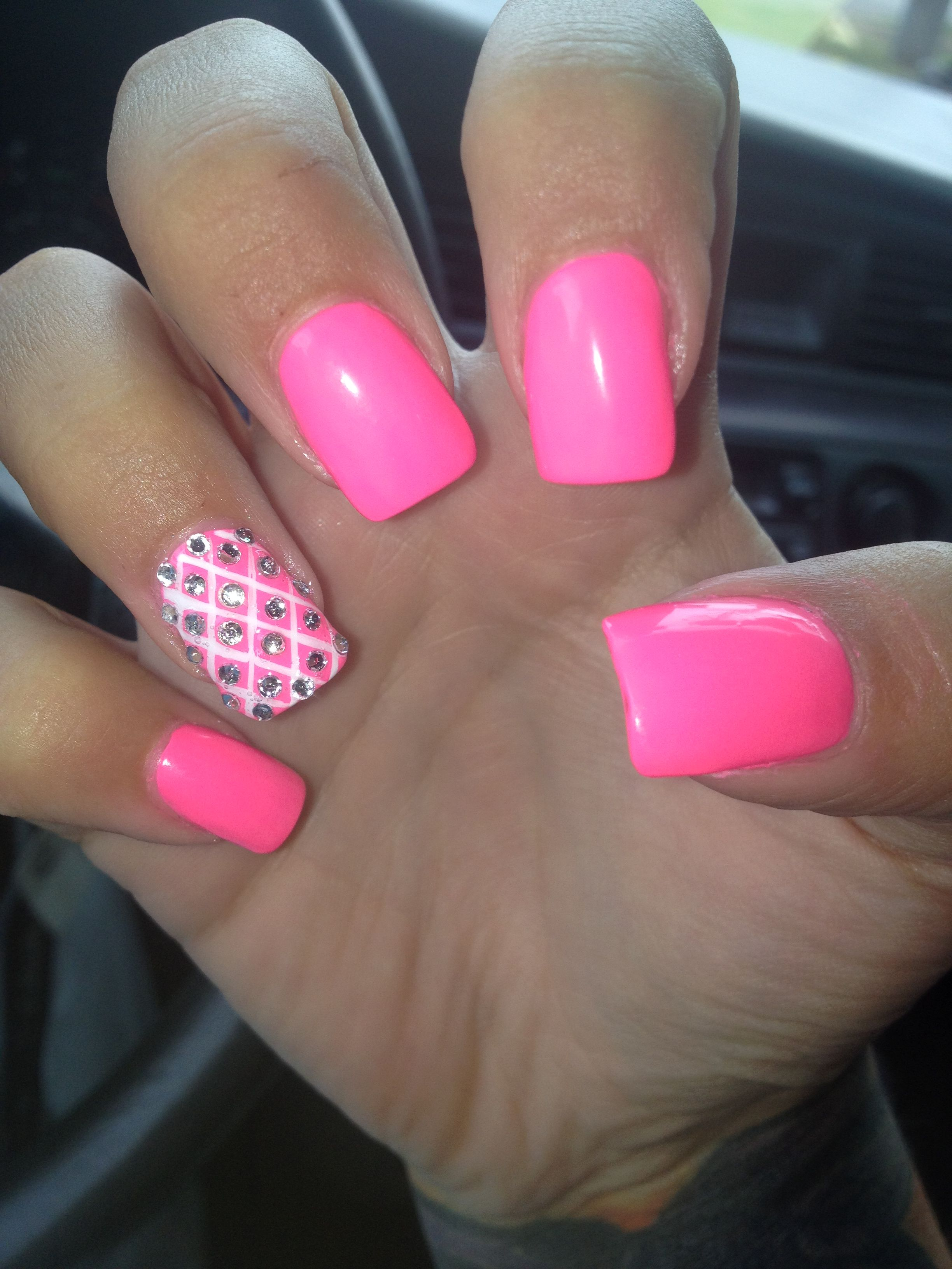 I Would Do A White Nail With Gold Accent And Make Them Pointed