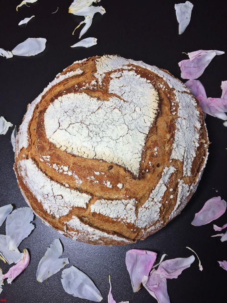 Photo of Dinkel-Joghurt-Brot mit Leinsamen … in einem Topf gebacken