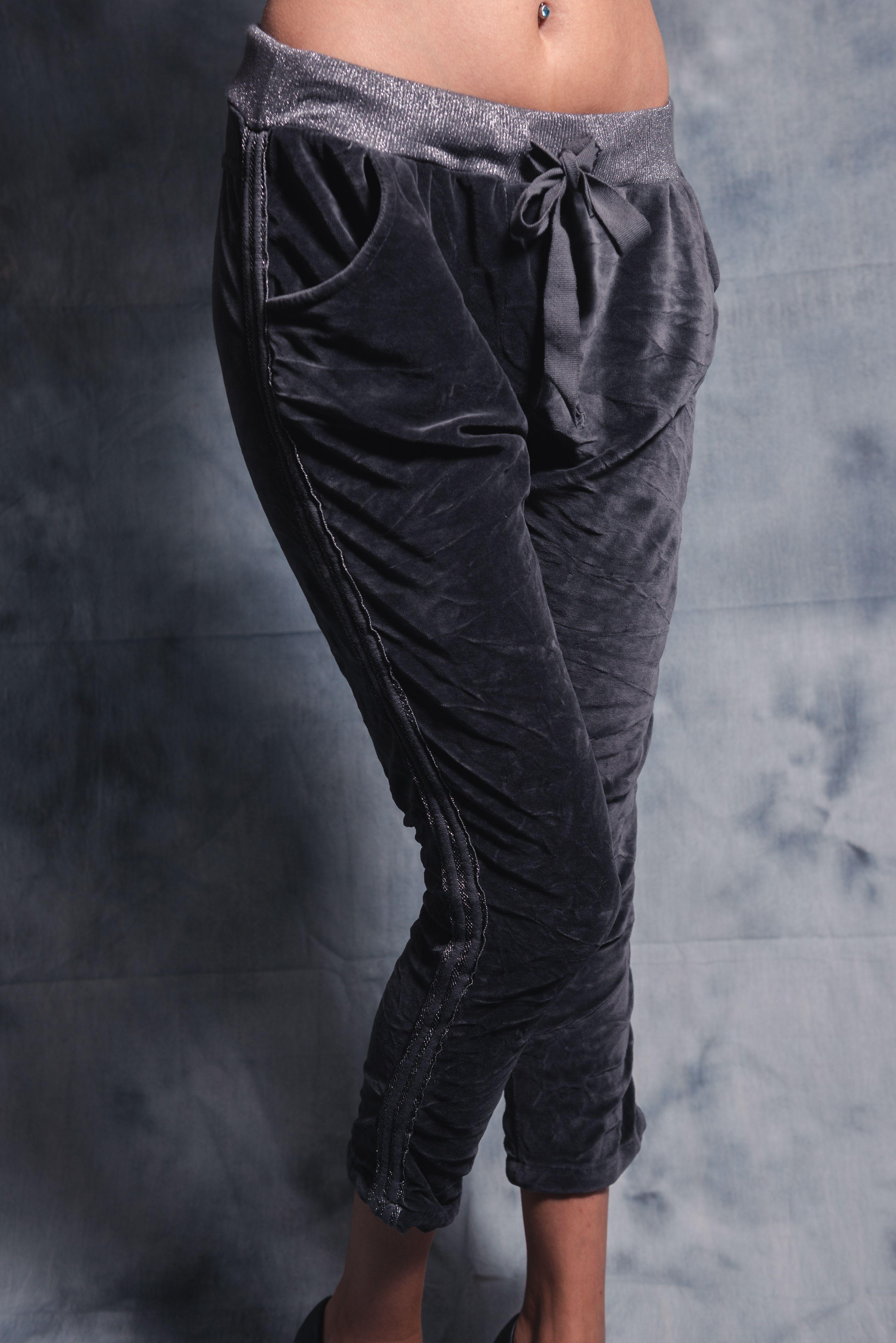 pantalon jogging femme gris velours coupe boy friend taille lastiqu e retrouver sur notre. Black Bedroom Furniture Sets. Home Design Ideas