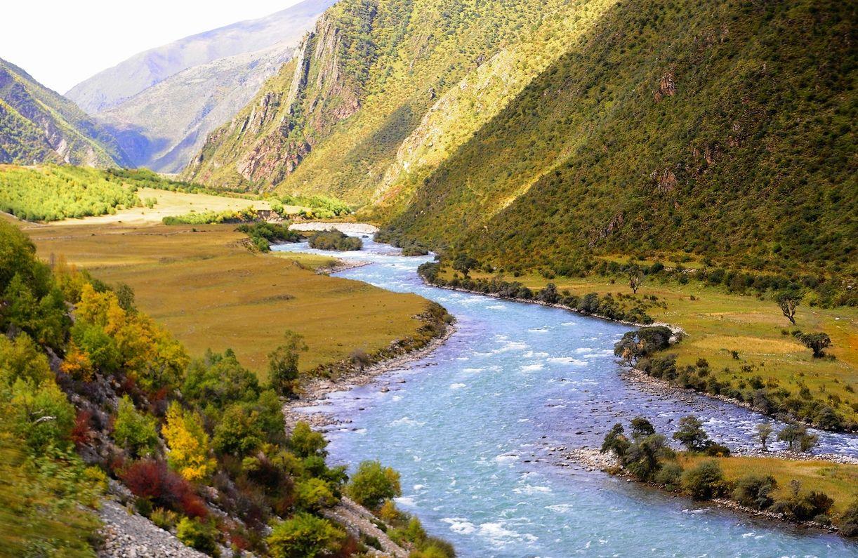 Tibet nie je len krajinou budhizmu, ale i pompéznej prírodnej krásy