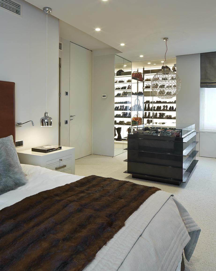 molins interiors arquitectura interior suite principal dormitorio vestidor mobiliario - Dormitorio Con Vestidor