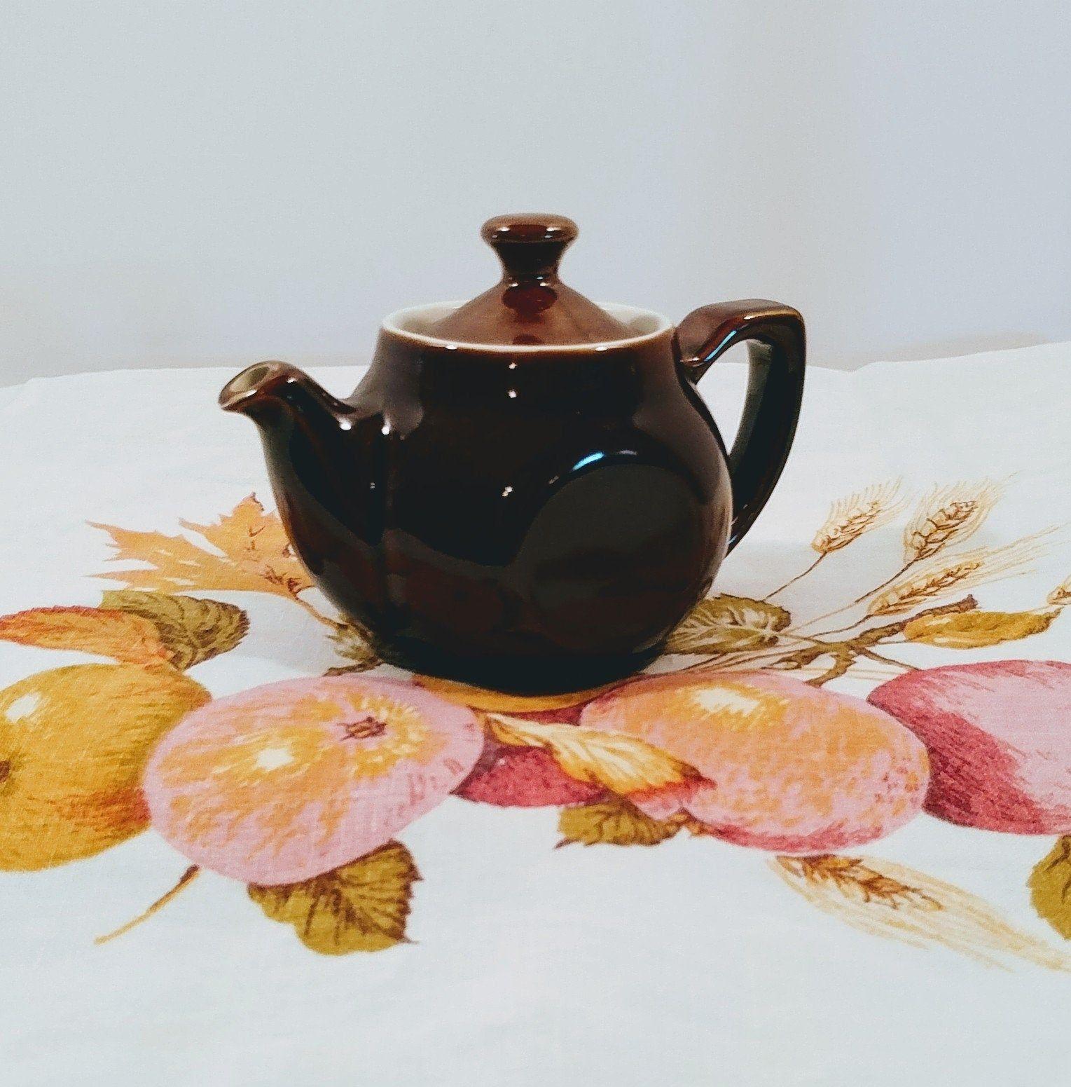 Hall teapots rare Halls Teapot