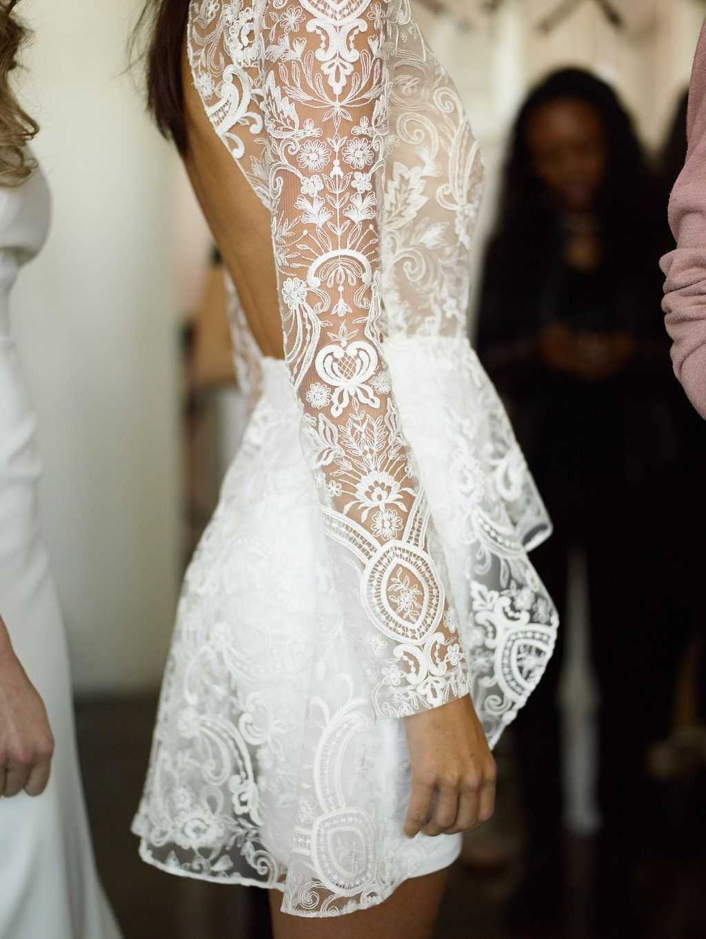 All The Cool Brides Wear Rime Arodaky Short Wedding Dress Wedding Reception Dress After Wedding Dress [ 1363 x 1024 Pixel ]