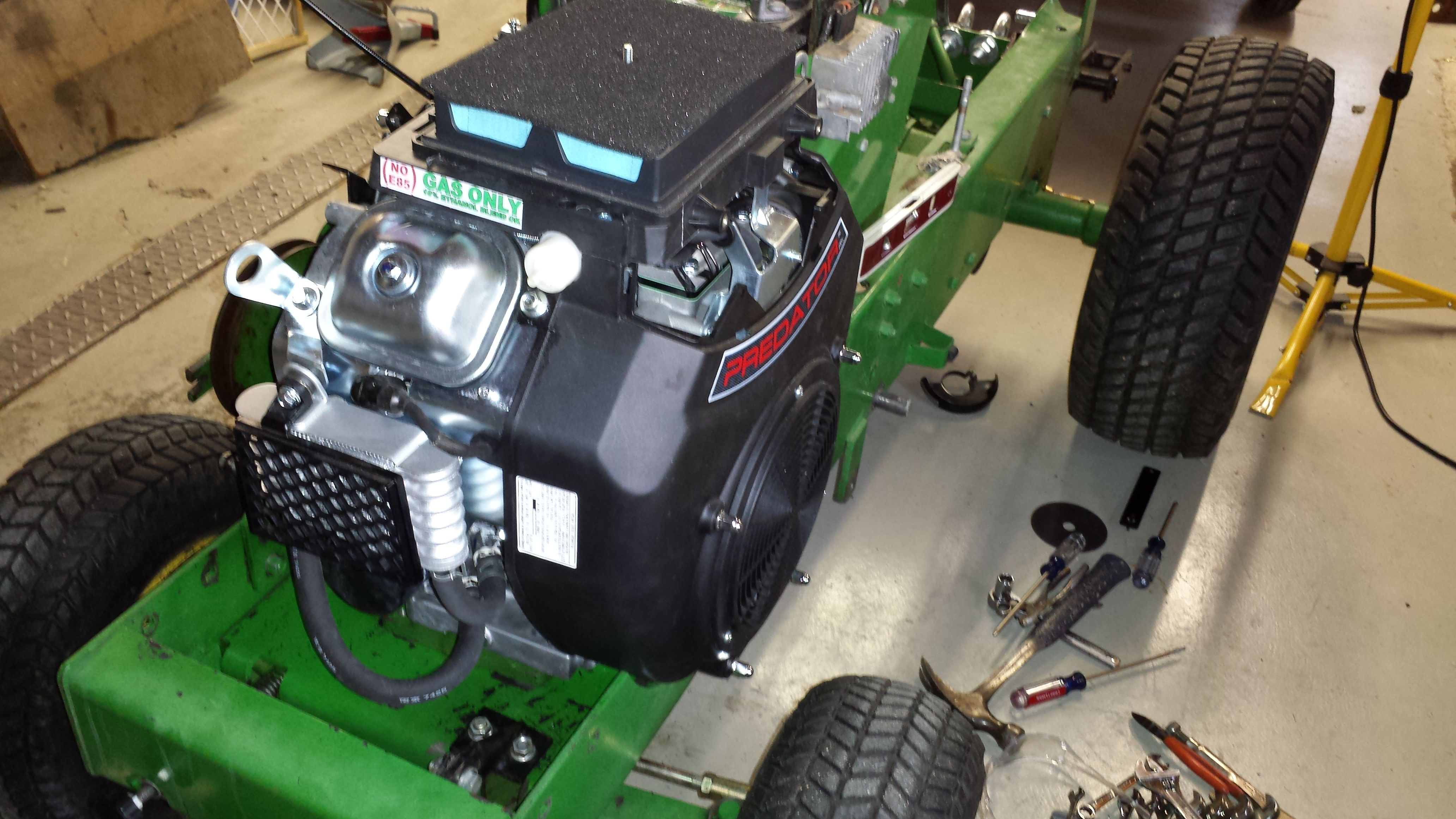 Predator Engine John Deere 400 Garden Tractor | Gardening: Flower