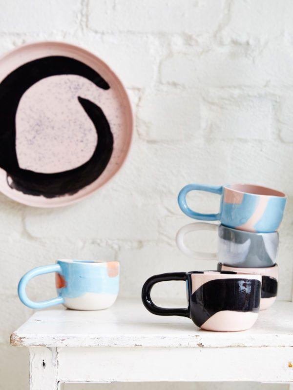 Ceramics by Melbourne artist Karen Morton of Kaz Morton Ceramics. Styling – Julia Green. Photo – Armelle Habib.