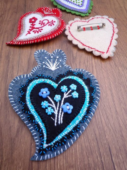 Felt hearts...#embroidery