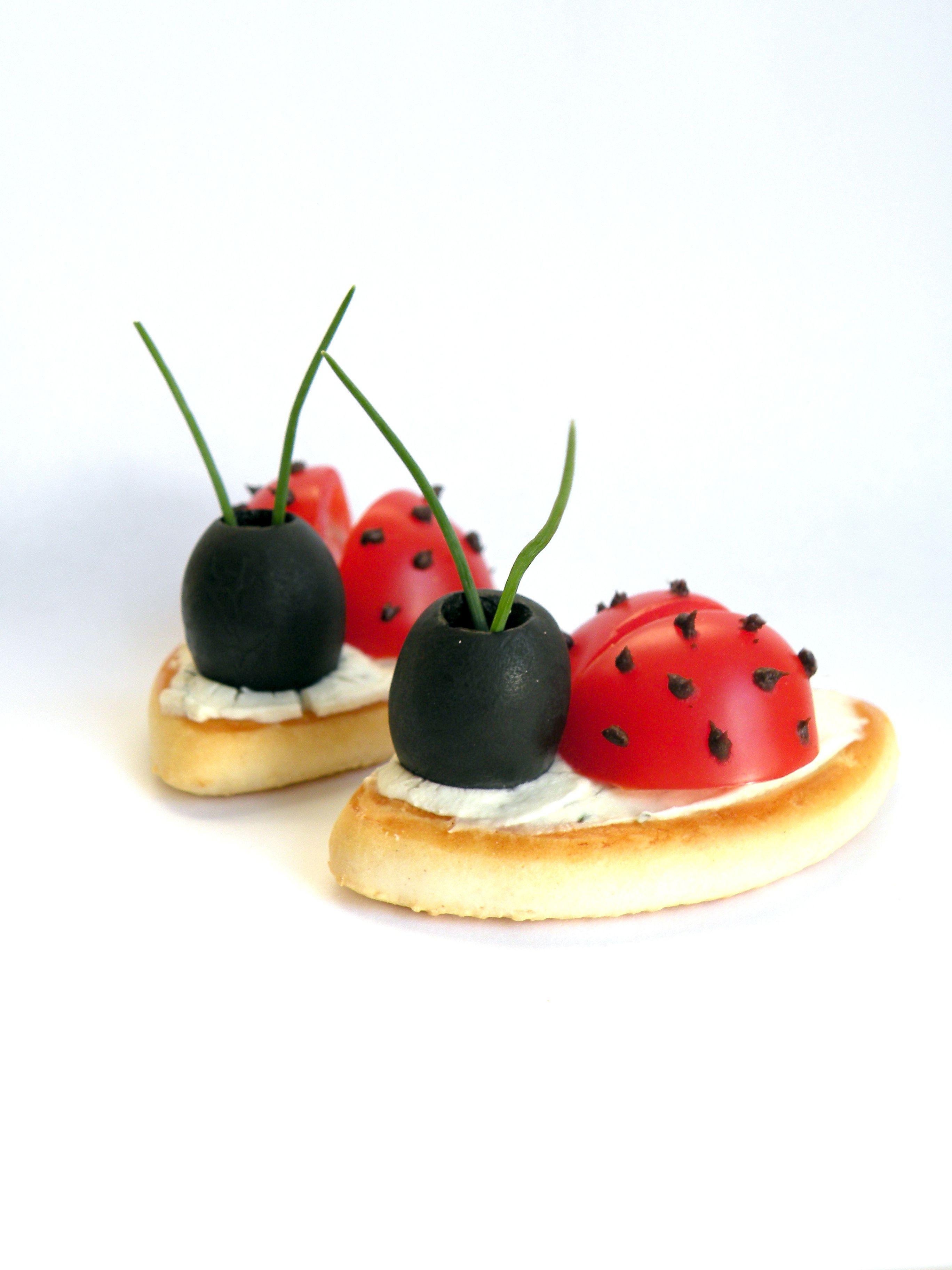 Back To School Ladybug Snack | Voedsel humor, Gezonde traktaties ...