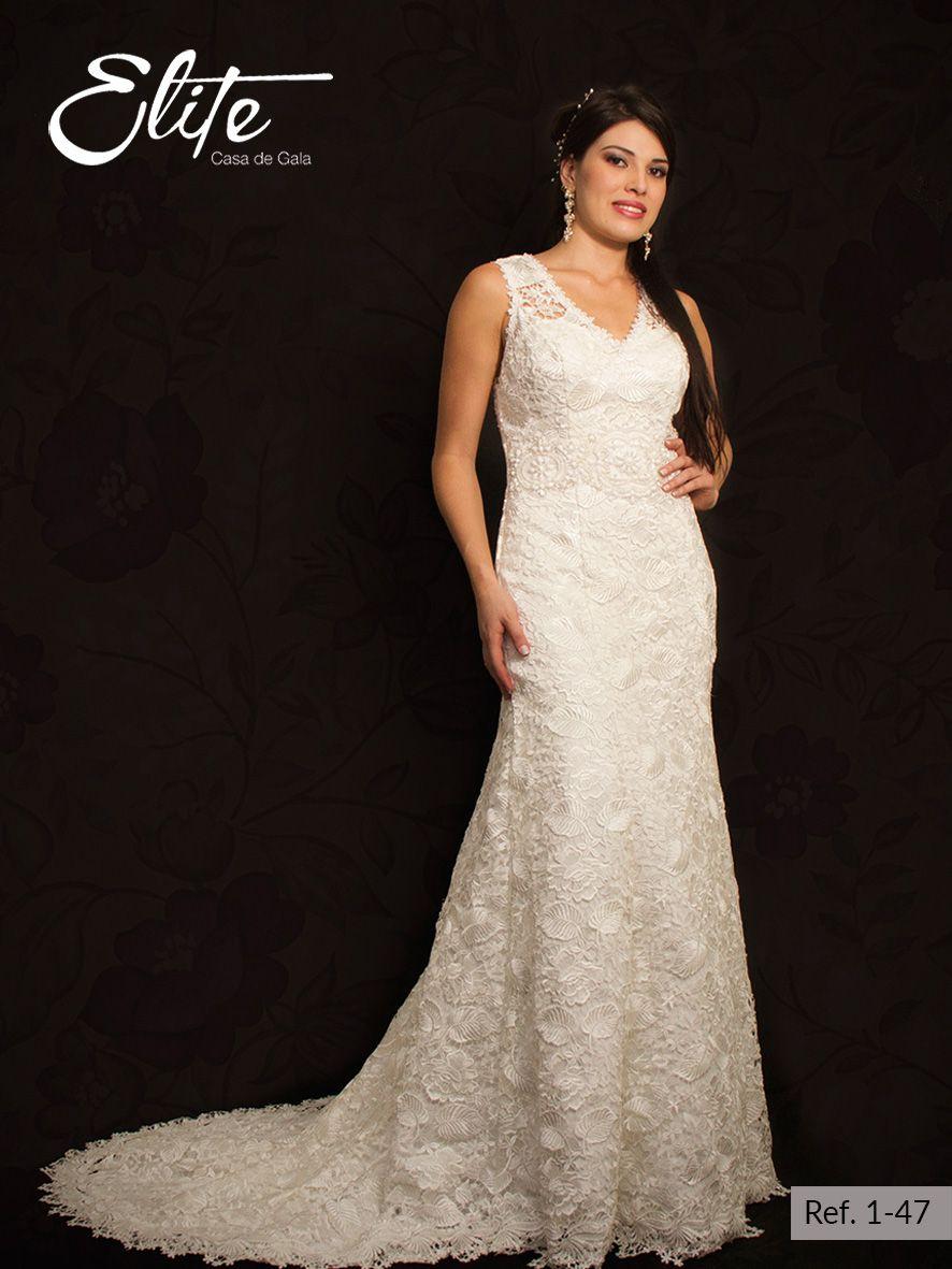 Vestido de novia beige tipo sirena con escote en V, todo el vestido ...