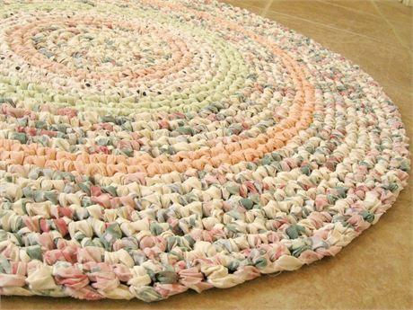 Crochet Round Rag Rug Scatter Rug Mat Bathmat More Garden Like Colors Of Rose Pink Green Hand Crocheted From Crochet Rag Rug Rag Rug Rag Rug Diy