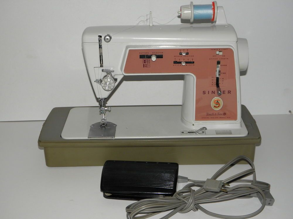 Singer TOUCH And SEW 40 ZigZag Sewing Machine With Case Foot Best 1970s Singer Sewing Machine