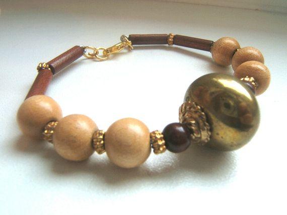 Bracciale perle di legno color marrone e nocciola di LeSirenes, €12.90