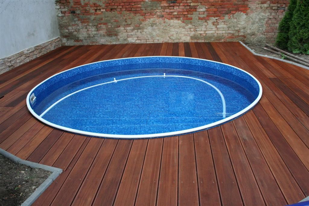 Terasa - kulatý bazén Dřevěné obložení bazénu Pinterest - pool fur garten oval