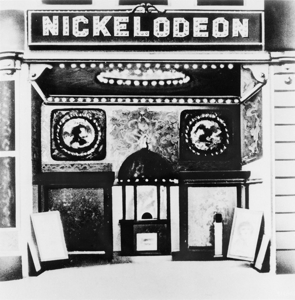 In 1905 the first nickelodeon was opened in pittsburgh by