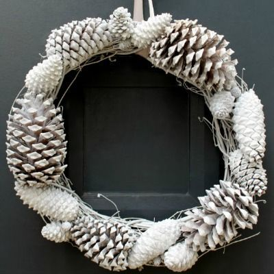 10 Enchanting Winter Wreaths To Make Crafty Stuff Pinterest