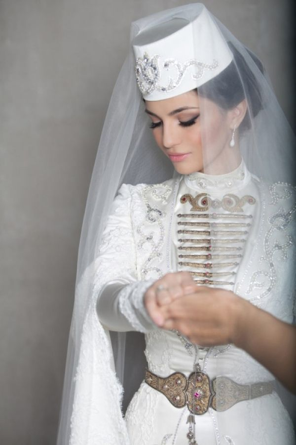 aa4b225aace The most beautiful brides of the world (Top-13) - The most beautiful brides  of the world  a wedding dress