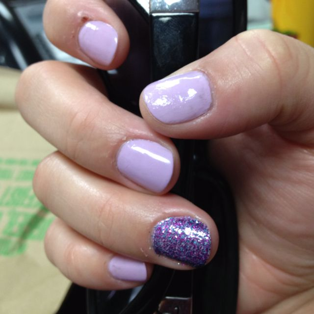 Try Painting Your Ring Finger On Each Hand A Different Color As The