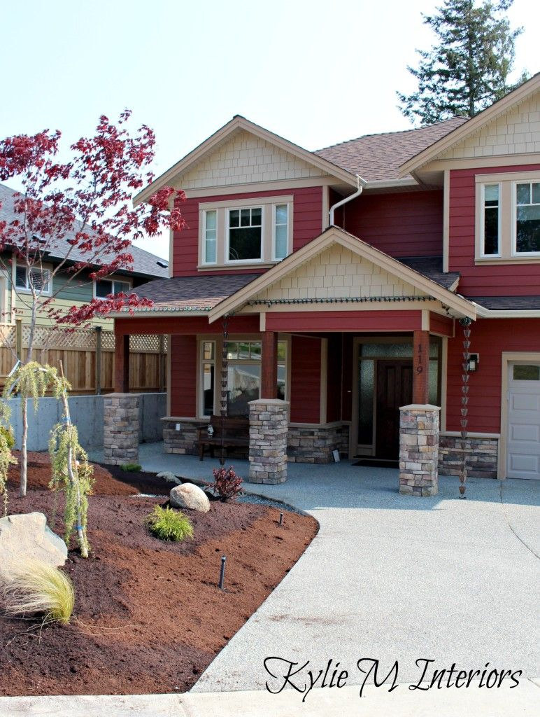 New home construction countrylane red fachada de for Stacked stone house