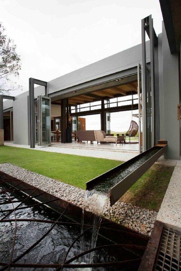d coration de jardin avec une fontaine pour bassin d co. Black Bedroom Furniture Sets. Home Design Ideas