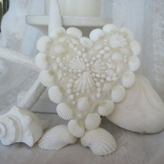 ~White Kitten's Paw Seashell Heart~