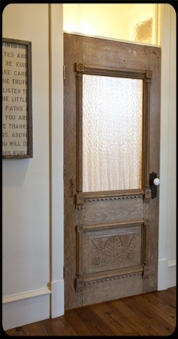 cottage style with optional privacy this d be a cool bedroom door