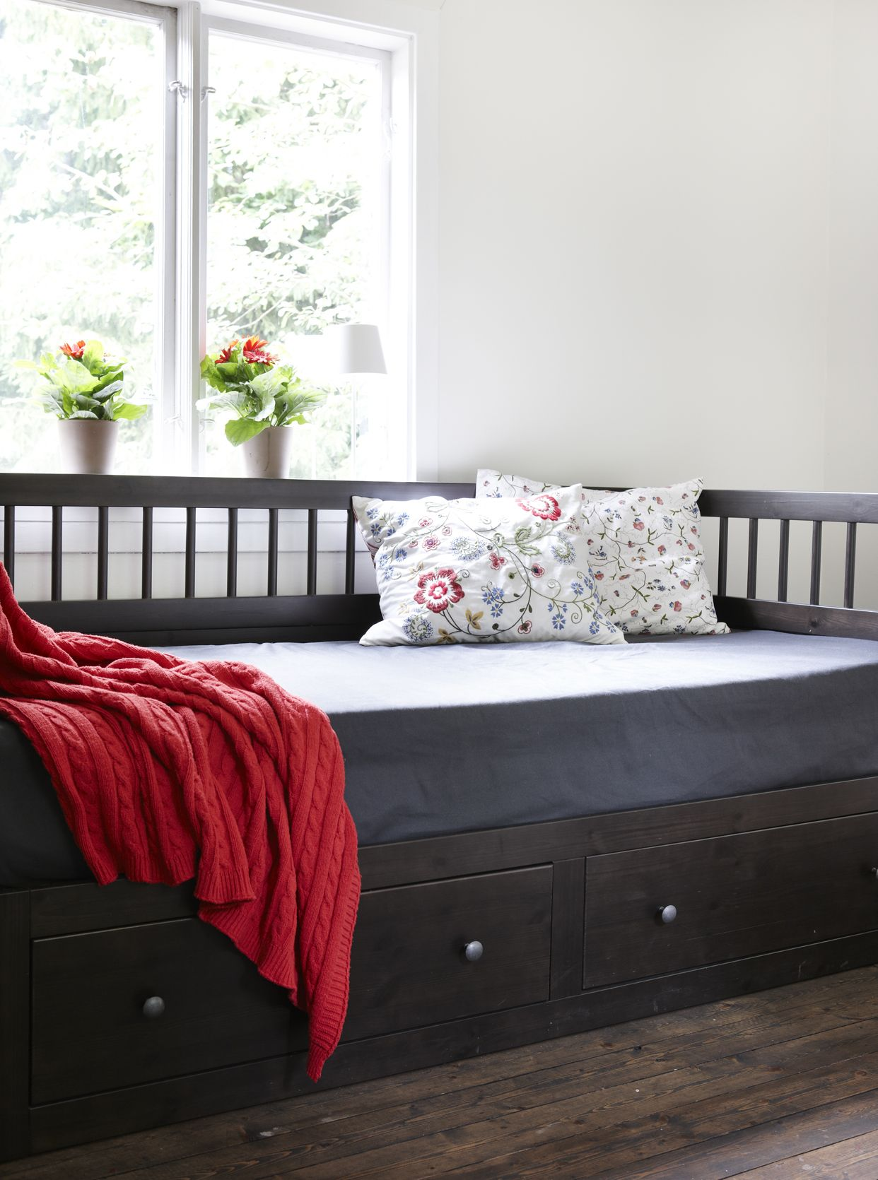 Beds For Studio Apartments Trundle Bed For The Guest Room Office Trundle Beds