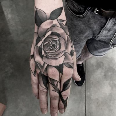 Sean Timothy Wright Tatuaje De Rosa En La Mano Tatuajes En La Mano Tatuaje Rosa Negra