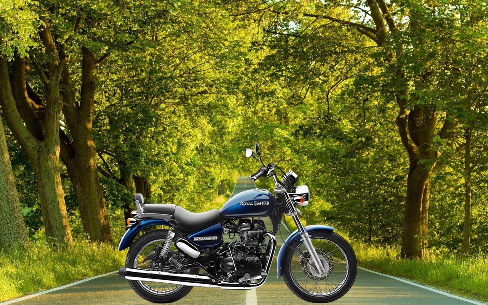 Royal Enfield Classic 350 Wallpapers 1366x768 40 Image Collections Of Wallpapers Royal Enfield Wallpapers Enfield Classic Royal Enfield