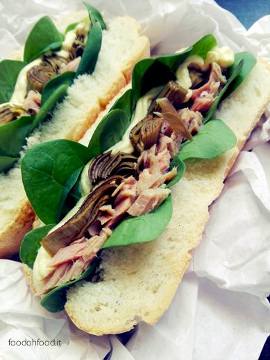 Tuna and artichokes sandwiches. Idea fora quick  lunch.