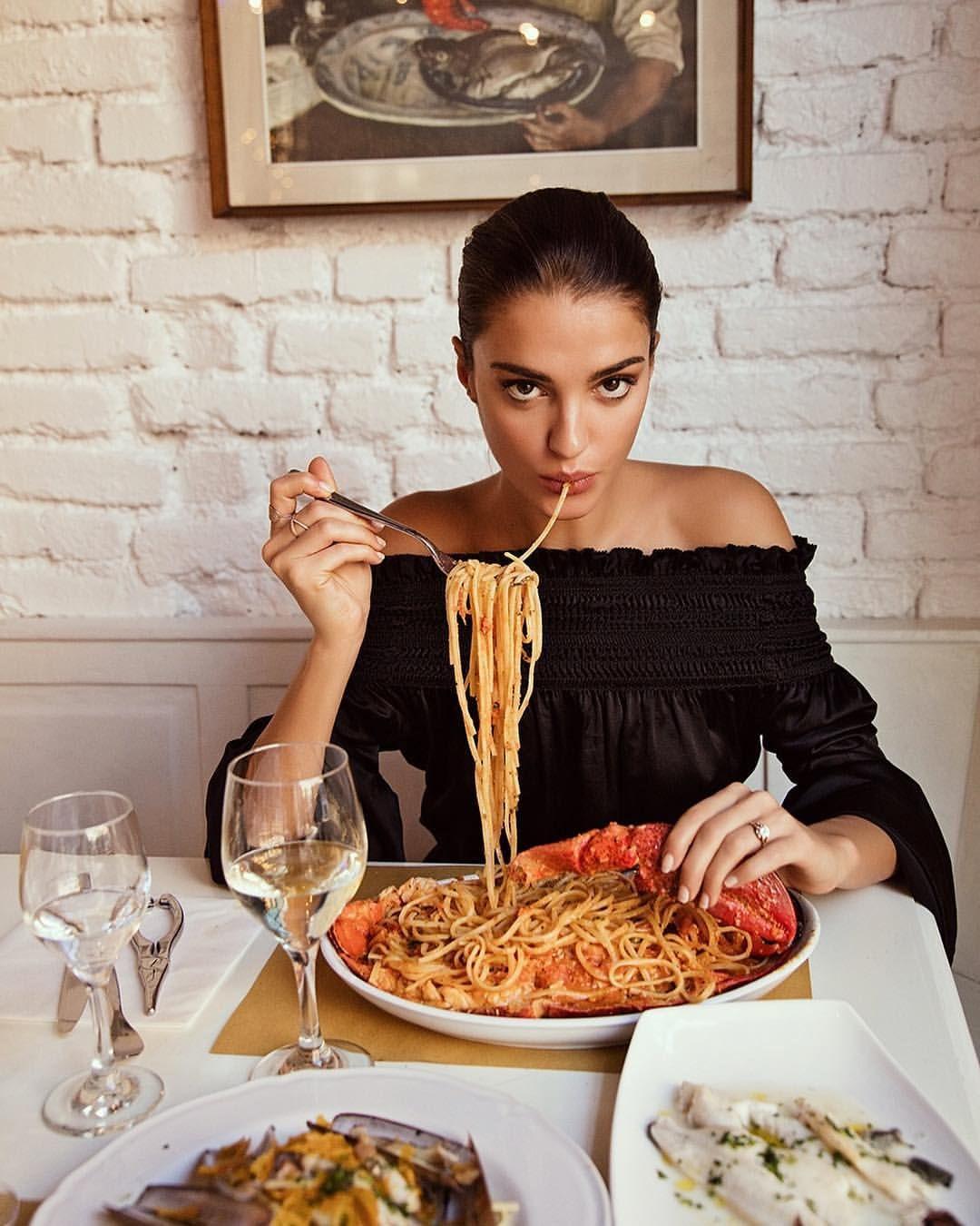 немного как правильно фотографировать людей в ресторане прирастает богатством, удивляет