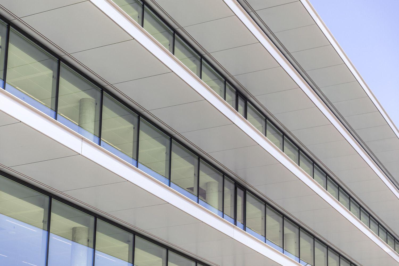 Gallery Of Cedar Ing Offices Benthem Crouwel Architects Hofmandujardin 14 In 2020 Architect Cedar Architecture