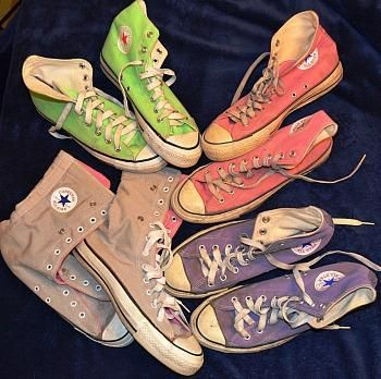 I had a pair of yelow and light blue ones! Original 1980s