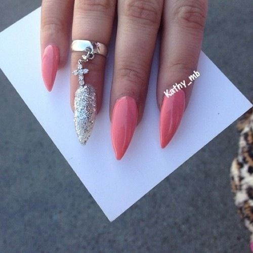 Not A Fan Of Stiletto Shaped Nails I Always Keep Mine Flat But I Do Love The Posh Colors