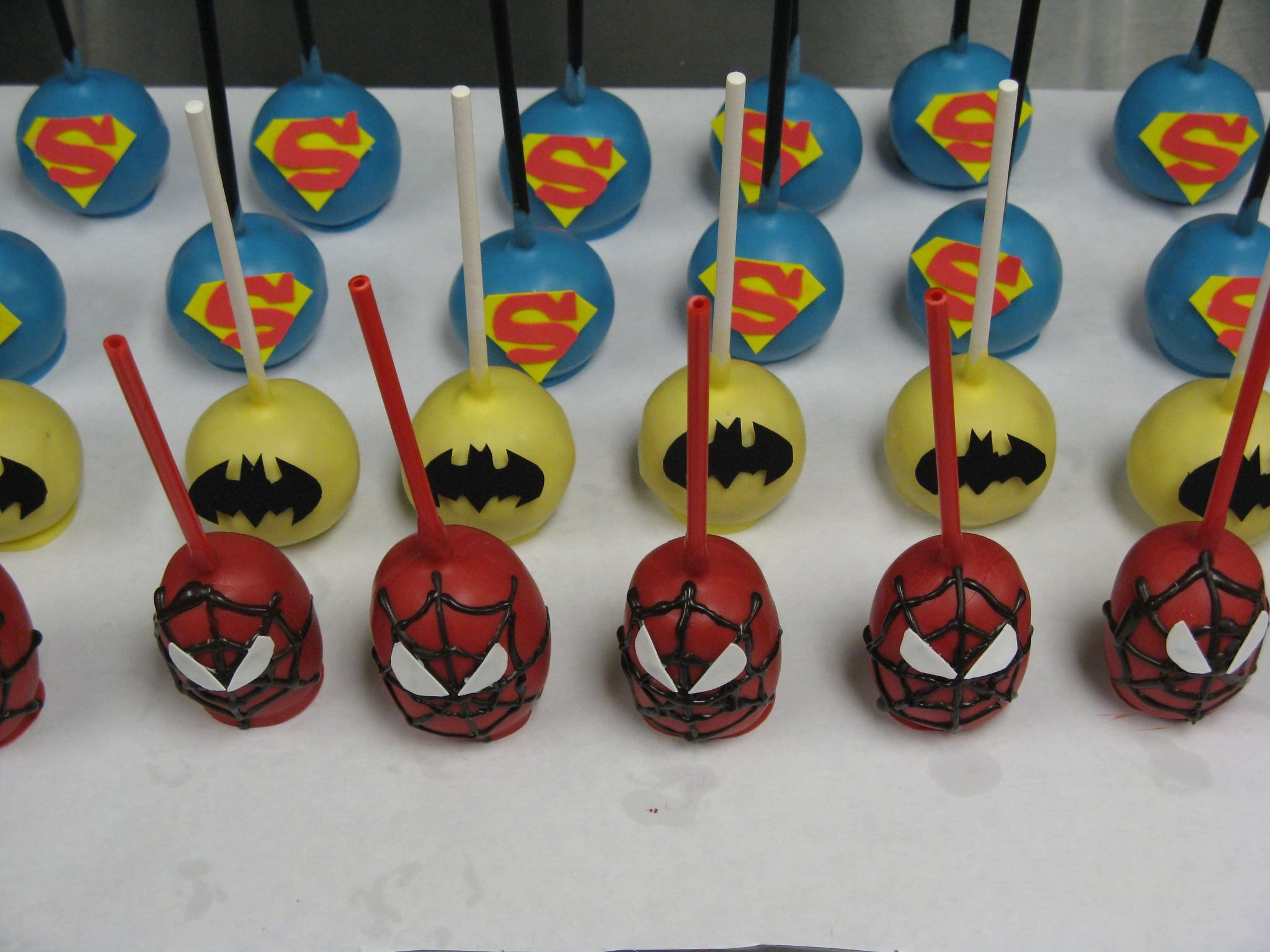 Super Hero Cake Pops Yep We Ll Need Some Of These Too