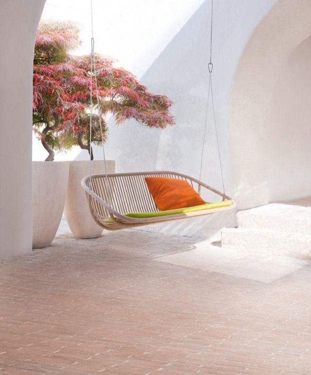 Idyllischen Garten Terrasse Einrichten Ideen Schaukelsessel  Hängesofa Swing Aqua