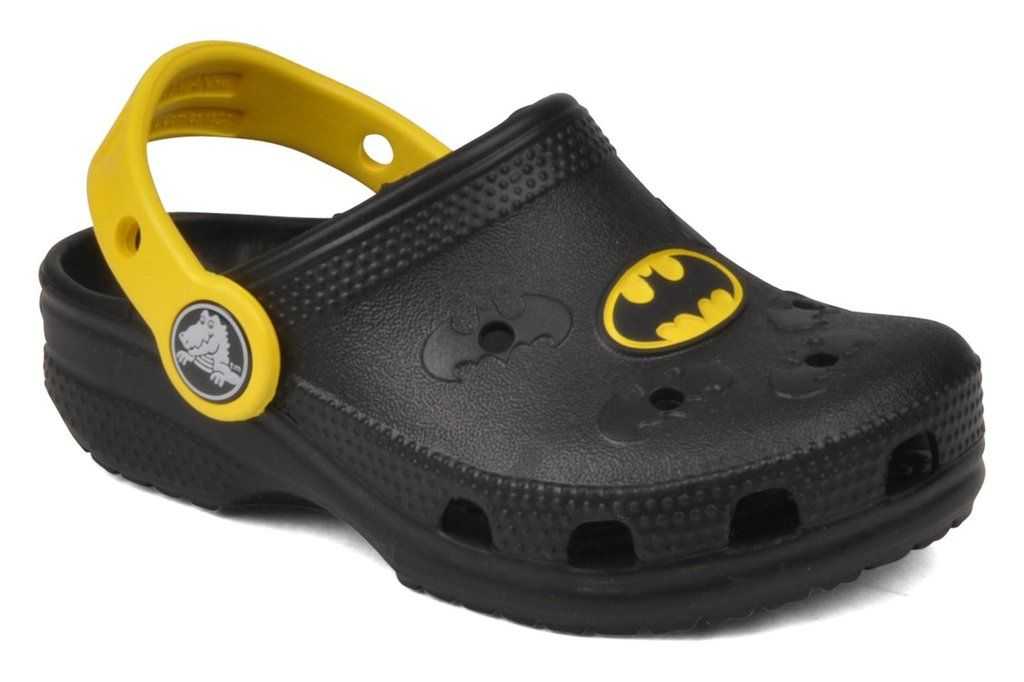 c1c084958 artisan Batman x Crocs ...