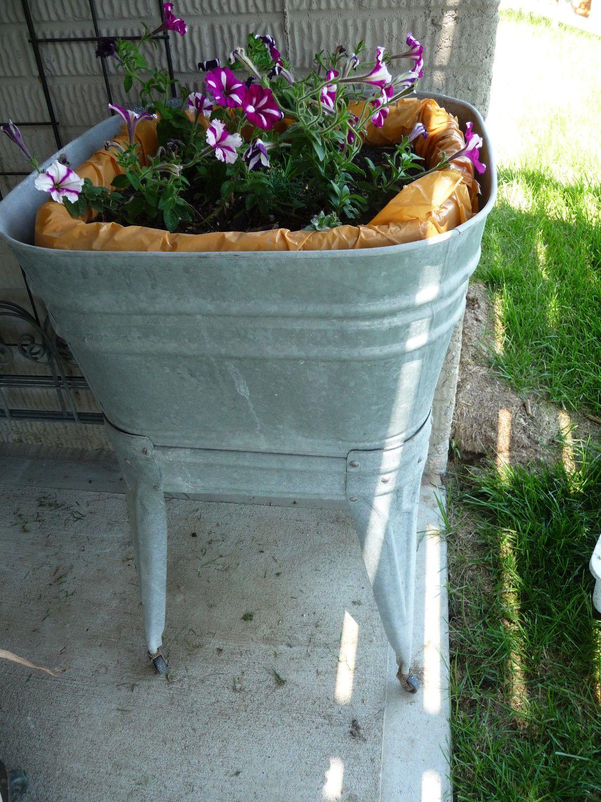 Large Galvanized Metal Tub On Wheels By Evergreen Enterprises Inc - Old galvanized wash tub with legs ebay