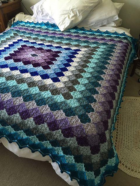 Around the World Quilt – free pattern   Deckchen, Häckeln und Häkeldecke