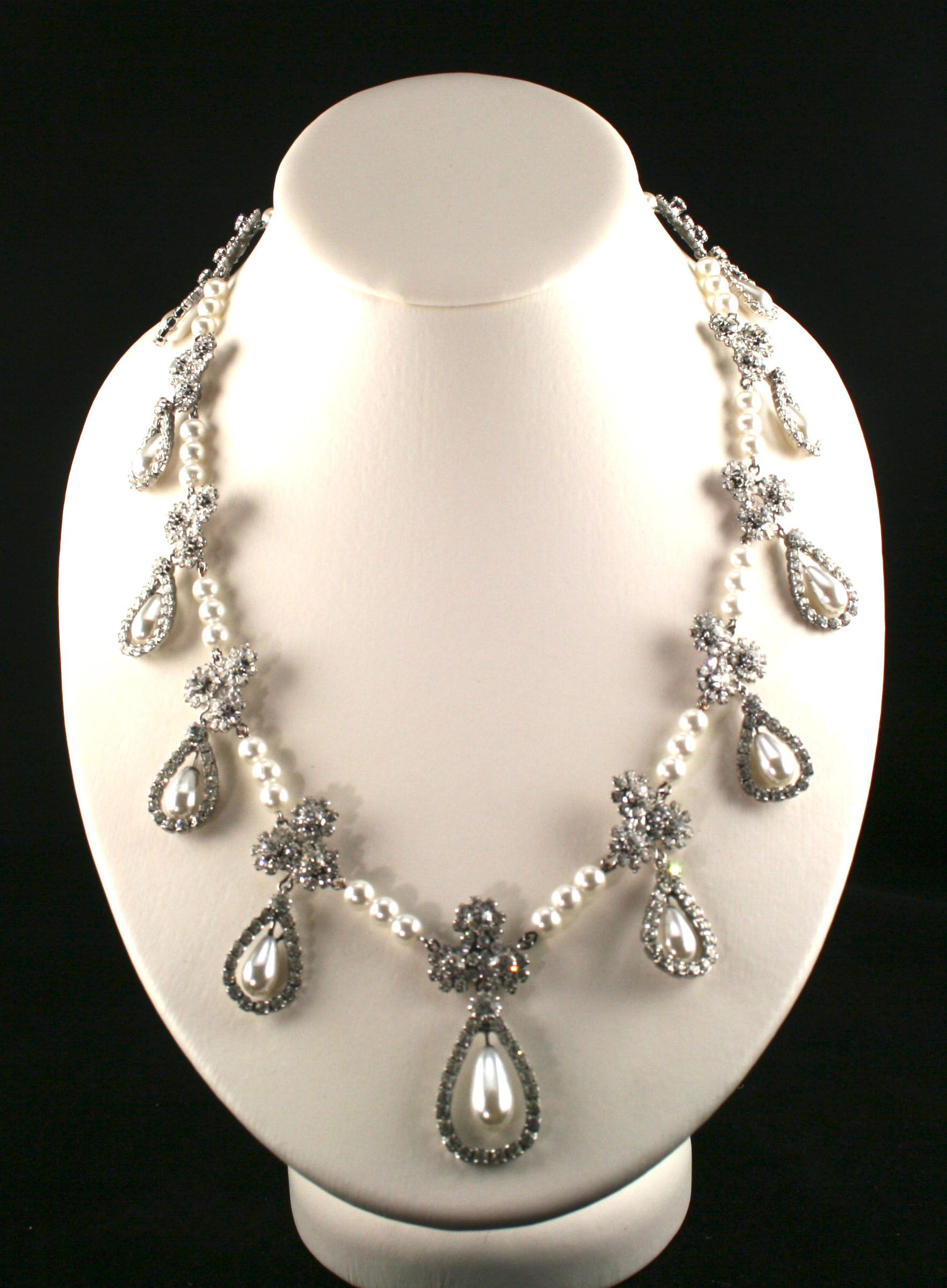 Romanov pearl and diamond necklace Jewels and Tiaras Pinterest