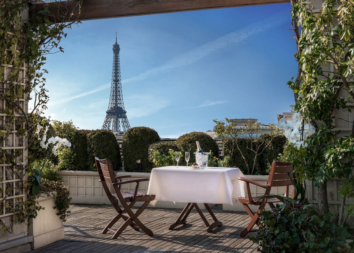 Toit Terrasse Hotel Raphael Hotel Raphael Paris Google Search T Europe Pinterest
