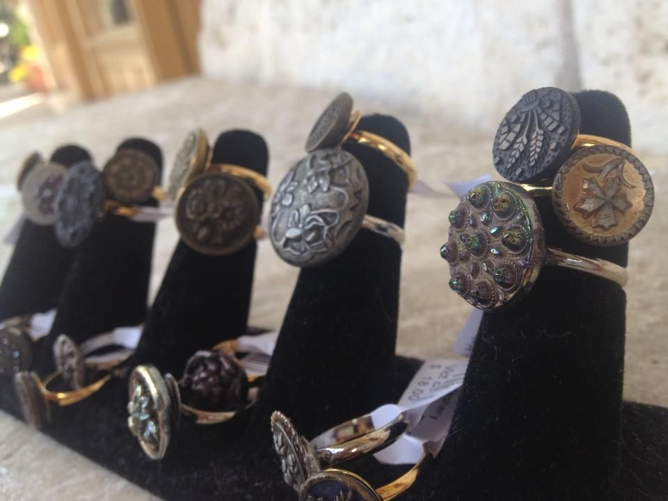 Vintage button rings at Haberdashery Boutique Button jewelery