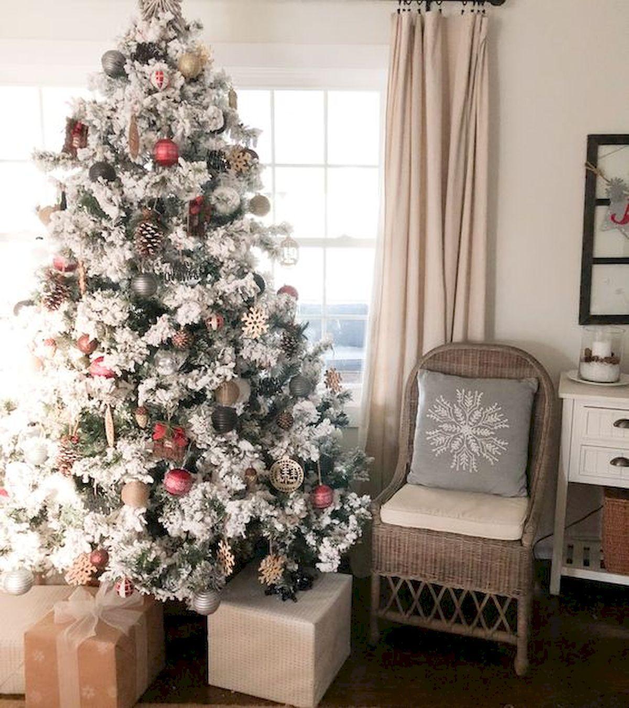 50 Best Farmhouse Christmas Tree Ideas