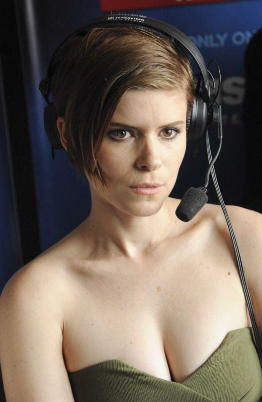 Radio of Naked women