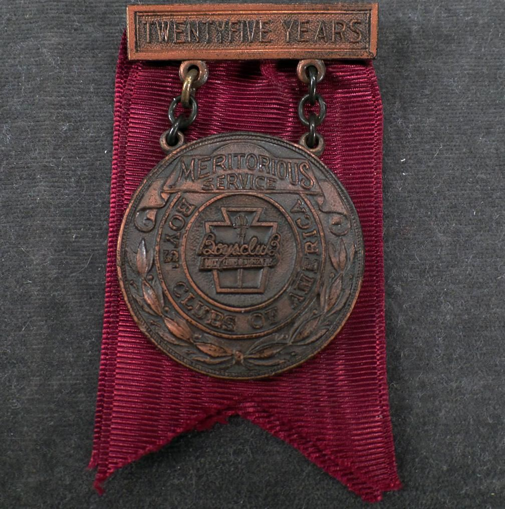 Vintage Boy's Club Medal 25 Year Meritorious Service