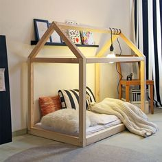 Kid's house for sleeping and playing. Buy at nordliebe.com