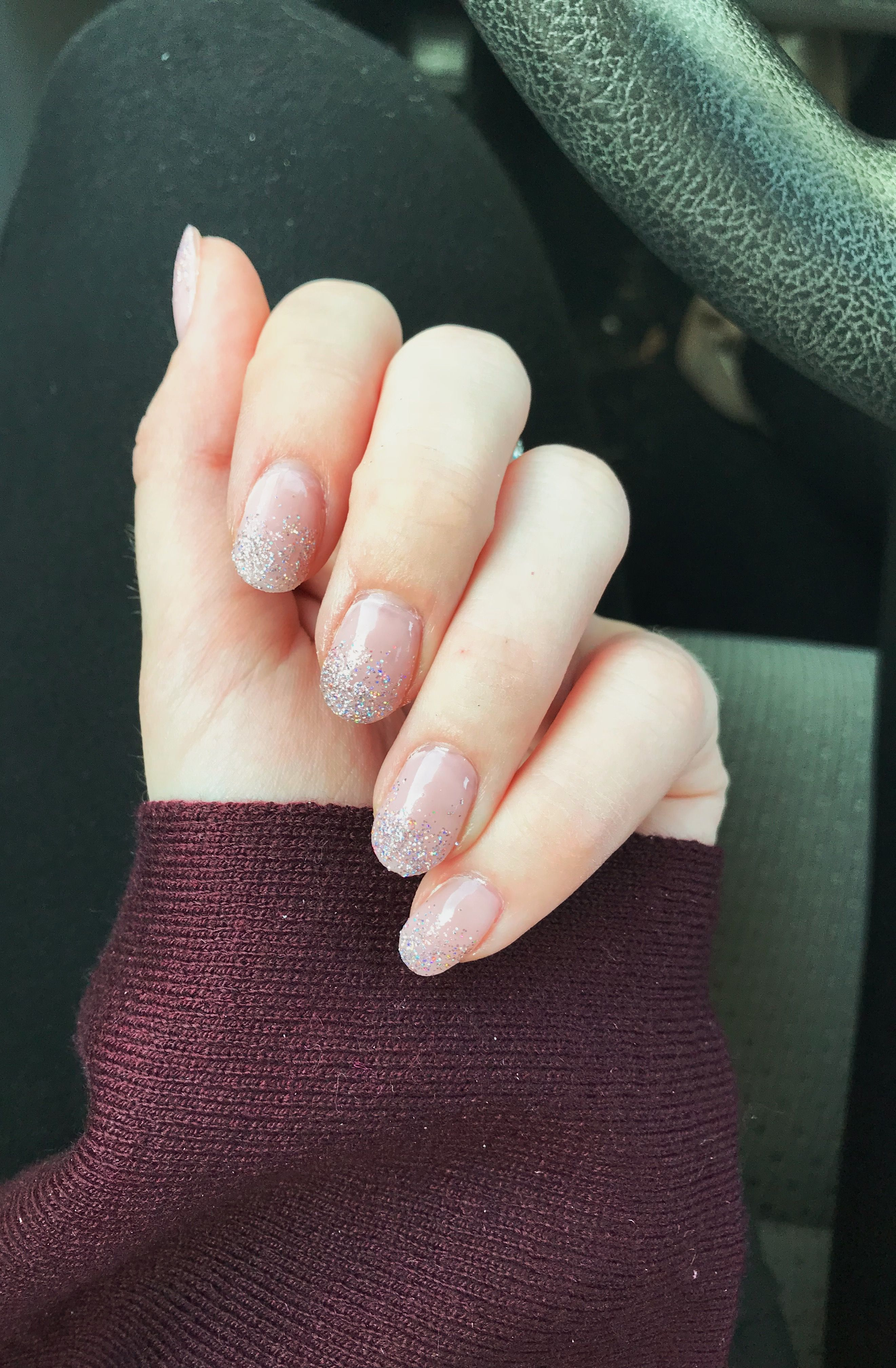 Oval Holiday Glitter Ombre Nails Ovalnails Ombrenails Ombre