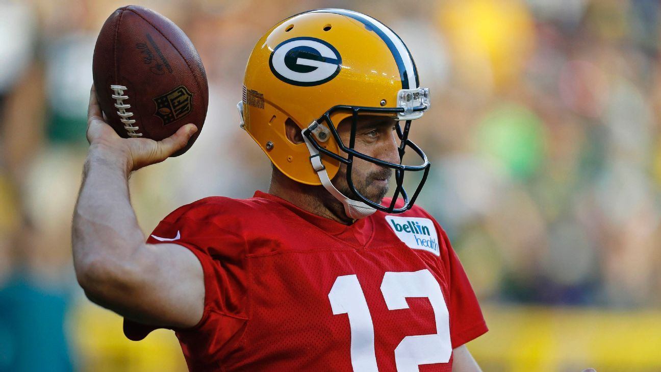 Rodgers Nfl Culture Discourages Speaking Out Nfl Football Helmets Aaron Rodgers
