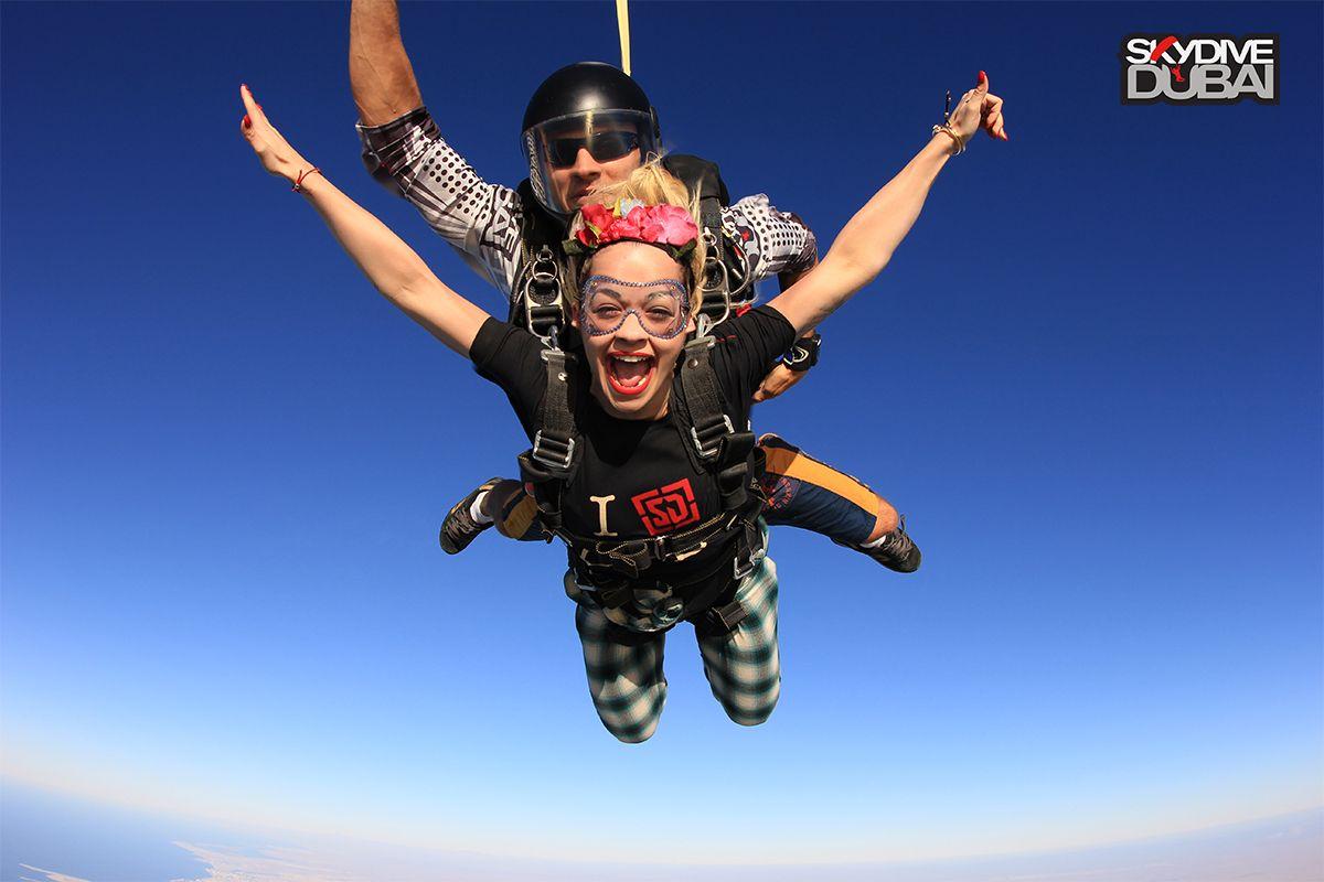 Rita Ora A British Singer Songwriter And Actress Skydiving Over The Palm Jumeriah Island And Dubai Skyline Skydivedubai Celebrities Dubai Middleeast Sky
