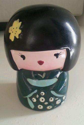 Ceramic Japanese Geisha Girl in Green Kimono Yellow